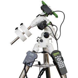 Caratteristiche tecniche e prezzi montatura Skywatcher equatoriale computerizzata EQ3 PRO Synscan